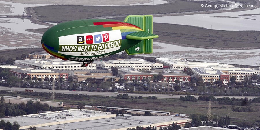 Greenpeace branded airship calling on tech companies to go green